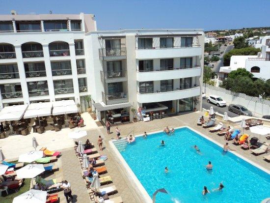 Albatros Spa & Resort Hotel: vue sur montagne