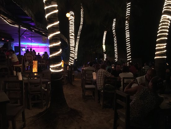 Zenzi Beach Bar & Restaurant: photo0.jpg