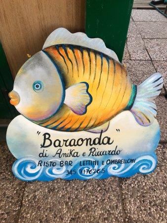 Bonelli, Ιταλία: Baraonda