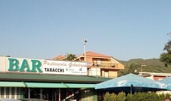 Nocera Terinese, Italia: insegna