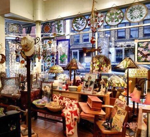 Corning, Nova York: Stained Glass and Antiques
