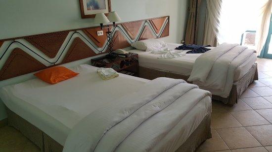beachfont zimmer bild von bellevue beach hotel el gouna. Black Bedroom Furniture Sets. Home Design Ideas