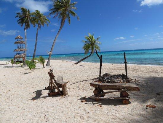 Tuherahera, French Polynesia: Motu aménagé 1/2