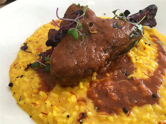 Caffe' Milano: Yummy Lamb shank with risotto.