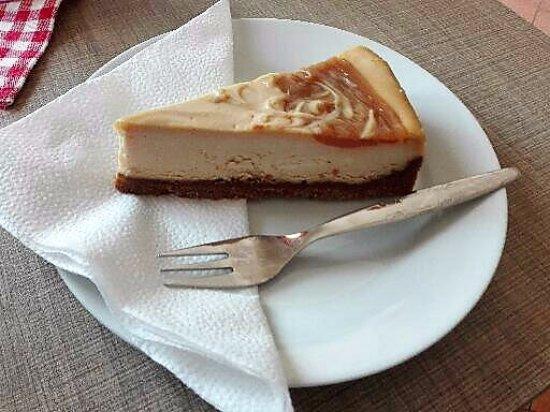 Trebic, República Checa: Torta de queso con caramelo