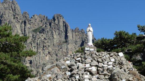 Route de Bavella : Notre-Dame-des-Neiges