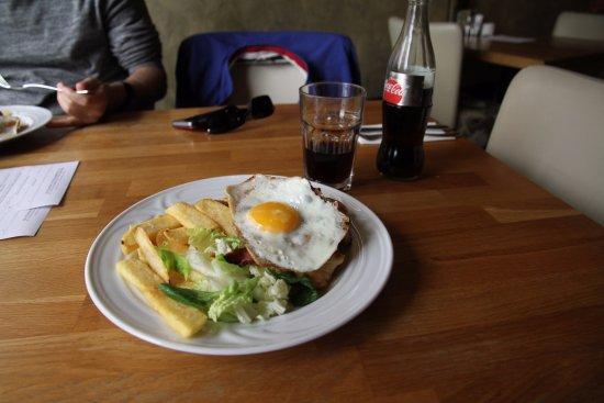 Nove Mesto nad Metuji, Tschechien: Restaurant Dum c. 14