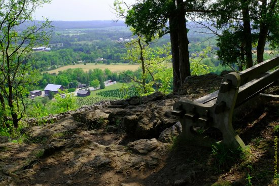 Rattlesnake Point Conservation Area: The Trafalgar Lookout is a nice place to stop at and take a break - with a view of the Milton ar