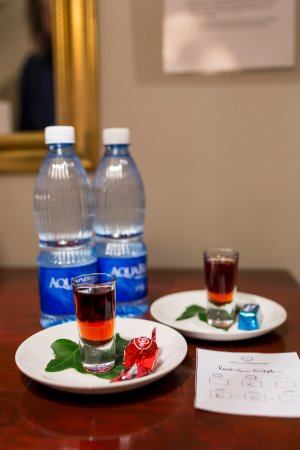 Villa Grande Guest House: Every evening a drink with chocolate