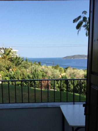 Villa Apollon Skiathos: Studio with fab views