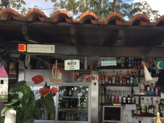 Villa Apollon Skiathos: Bar Area