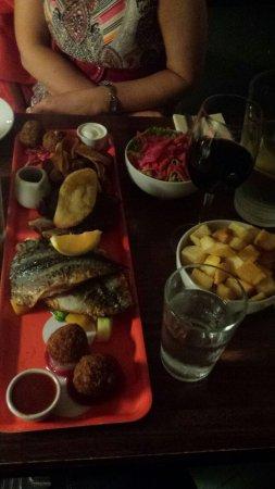 Momo Restaurant: Platter for 2