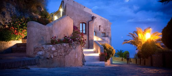 Borgo San Rocco Resort : bellissimo edificio!!!