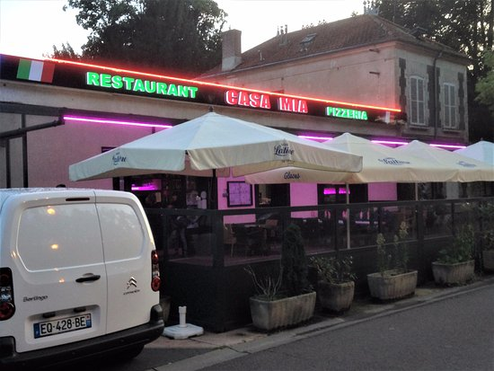 Claye Souilly, France: Le restaurant