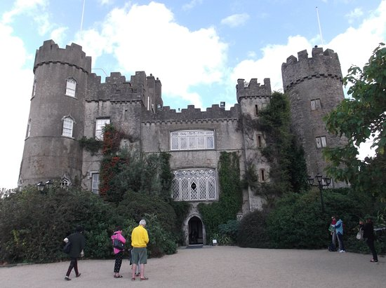 Malahide Castle: outside