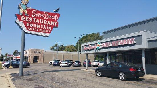 Seven Dwarfs Restaurant Wheaton Menu Prices Reviews Tripadvisor