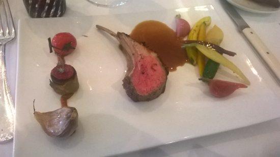 Ma viande favorite carr d 39 agneau en croute de niora et thym tapenade de l gumes confits po - Les cedres restaurant granges les beaumont ...