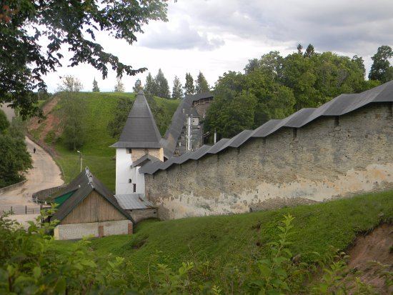 The Holy Dormition Pskovo-Pechersky Monastery: Псково-Печерский монастырь, август 2017
