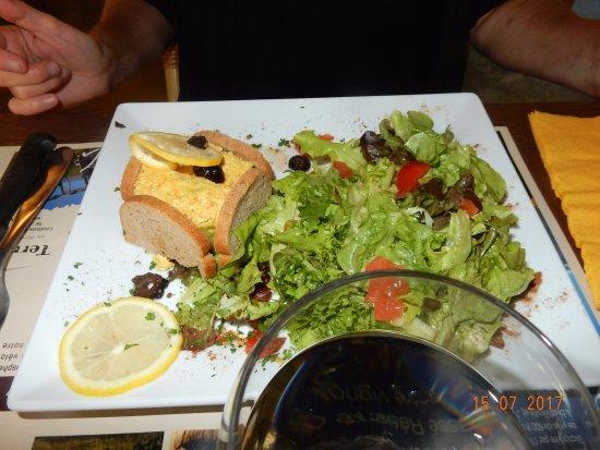 Mormoiron, Frankrike: la terrine à l'avocat