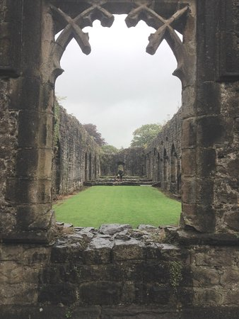 Whalley, UK: Archway View