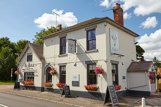 Draycott in the Clay, UK: The newly refurbished Roebuck