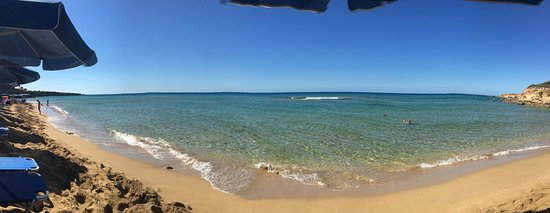 Svoronata, Greece: Little pano from the lounger.