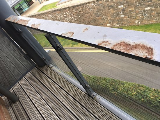 Norton House Hotel & Spa Edinburgh: Rusty balcony