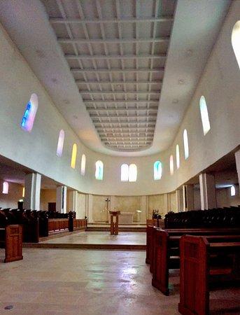 Abbaye Saint-Martin de Ligugé : Visite guidée, ouverture de la crypte et salle du clocher