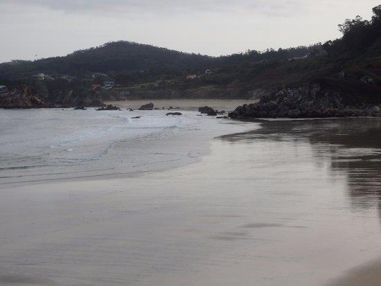 Vista de la playa (una de las dos que tiene Porto de Espasante)