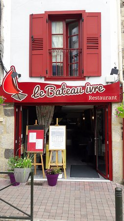 restaurant le bateau ivre dans le puy en velay avec cuisine fran aise. Black Bedroom Furniture Sets. Home Design Ideas