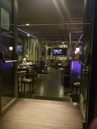 Chandelier Restaurant, Napoli - Ristorante Recensioni, Numero di ...