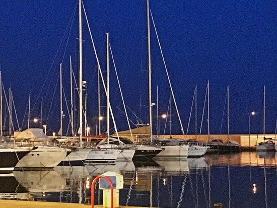 Port Garavan: Ausblick vom Pavillon