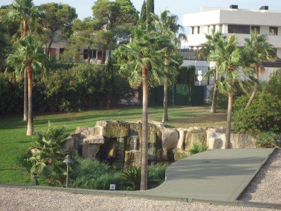 RV Hotel Ametlla Mar: Jardines