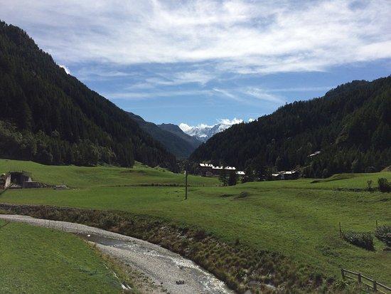 Hotel Foyer De Montagne Valgrisenche : Hotel foyer de montagne valgrisenche italy reviews