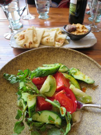 North Garden, Virginie : Heirloom tomatoes and hummus