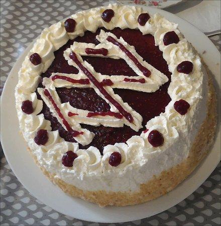 Banon, Prancis: Le Framboisier: un vrai délice gourmand. Pâtisserie savoureuse, fine et légère, pour finir très