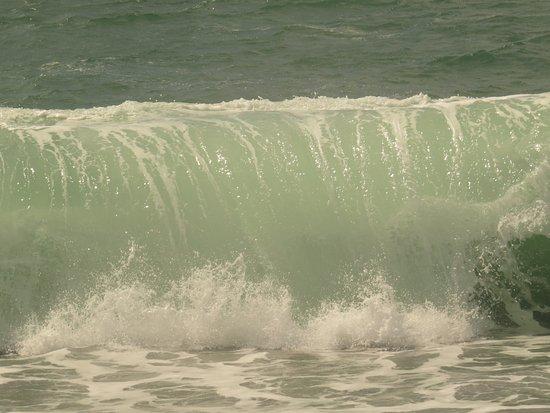 Irish Loop: St-Vincent's waves