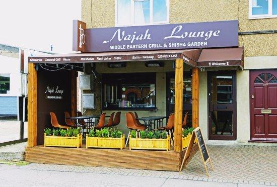 Najah Lounge : Shop front