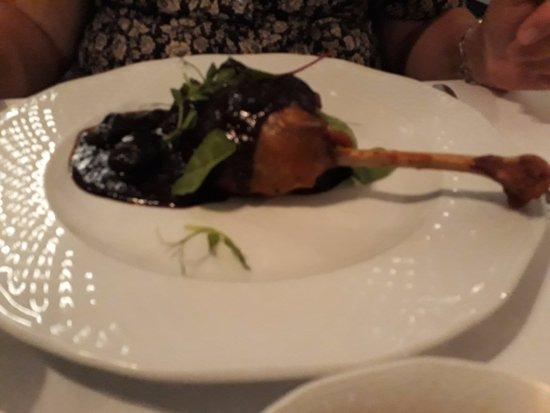 Kogel Mogel Restaurant: Roasted goose Leg with Plums