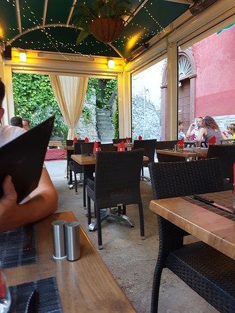A Casa di l'Orsu: Außenbestuhlung