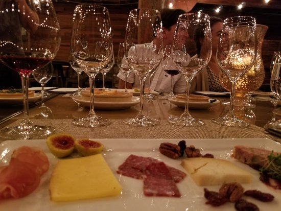 Healdsburg, Califórnia: Special tasting with chacuterie