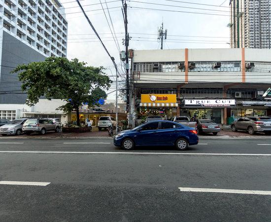Icon Hotel Timog Quezon City Metro Manila