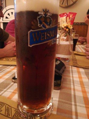 Cesuna, Italie : La rossa più buona... A qualsiasi ora...
