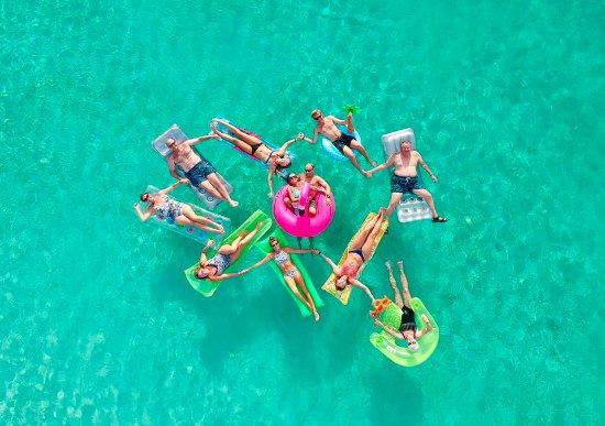 Club Med Turkoise, Turks & Caicos: Yep - this is my family at Club Med Turkoise!!