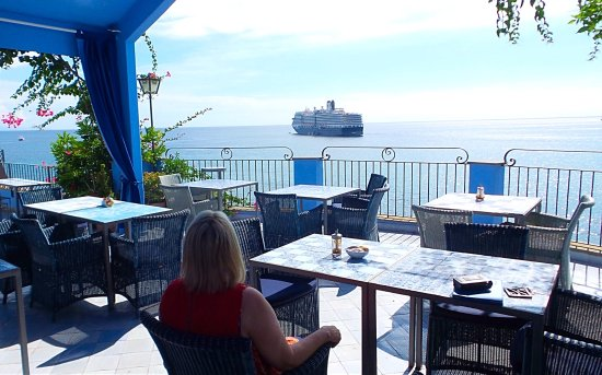 Hotel Palladio: Wonderful view from the hotel terrace watching a cruise ship leaving.