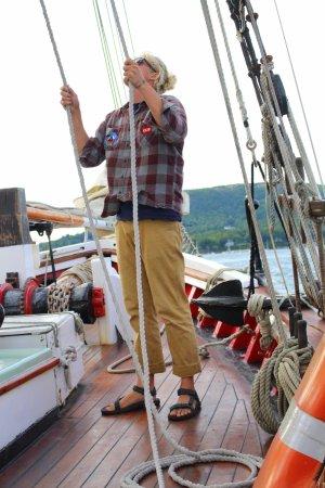 Schooner Appledore II Windjammer Cruise: Chris on the ropes.