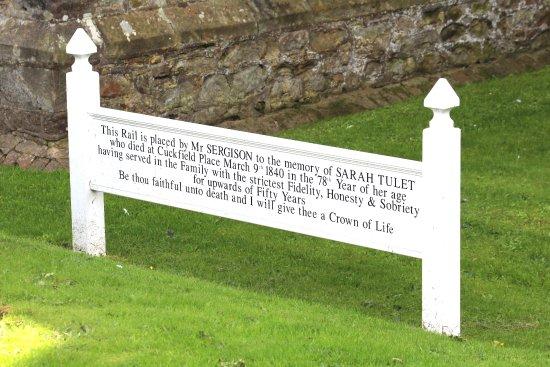 Cuckfield, UK: Memorial to Sarah Tulet