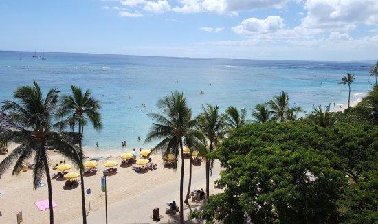Waikiki Shore: Balcony view of ocean/beach