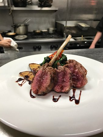 Berkeley Heights, NJ: Rack O f Lamb