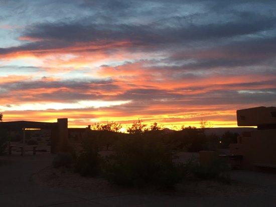 Wahweap Campground: most beautiful sunset!